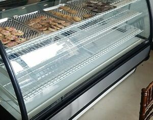 True Non refrigerated Display Merchandiser Lightly Used 2500