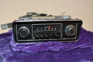 1972 Ford With Black Buttons D2da Philco Vintage Car Audio Radio Old Original