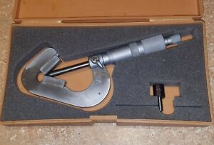Mitutoyo 114 202 V anvil Micrometer 093 1 0001 works Perfect See Photos