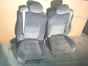99 07 Ford F250 F350 Superduty Gray Front Manual Cloth Seat Seats W Belts