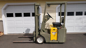 1980 Clark 2 500 Lb Elect Fork Lift Charger Only One That Is Under 80 Tal