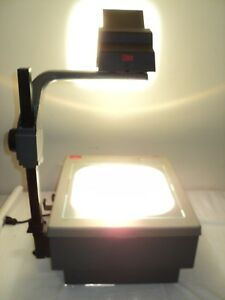 3m Model 9200 Overhead Projector Used With 2 Bulbs