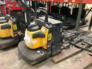 Electric Pallet Jack Cat Wr6000 Yellow