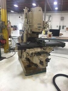 3 Cincinnati Vertical Milling Machine 50 Tapper 29800
