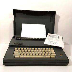 Smith Corona Sl 105 Electric Typewriter Spell Right Ll Dictionary Case Manual