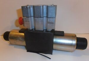 Parker D3fte02mcnf0032 Directional Control Hydrolic Solenoid Valve New