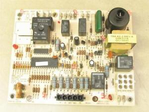 Carrier Bryant 1068 220 Furnace Control Circuit Board 100253 01