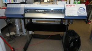 Roland Verscam 300i Wide Format Printer And Cutter 30 Wide Printer 4 Years Old