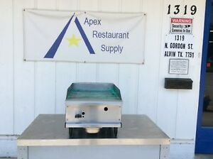 Natural Gas Counter top 18 X 32 Griddle Commercial 3162