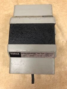 Topaz Ultra isolator Line Noise Suppressor 500 Va 60 Hz 120 Output Voltage