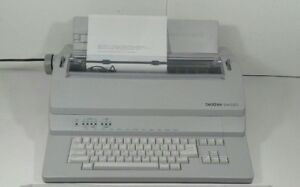 Brother Bem 530 Electronic Typewriter Excellent Working Condition Em 530
