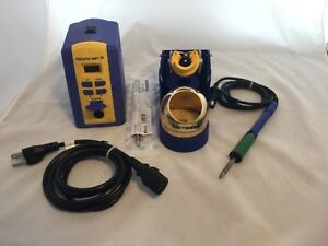 Hakko Fx951 Electronic Soldering Station With Tip