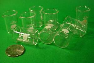 Unique Boxed Lot Of 9 Vintage Pyrex 5 Ml Glass Beakers No 1000 Corning