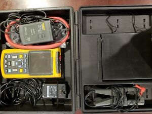 Fluke 123 003s Industrial Scopemeter With Scc120 Kit