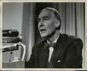 1959 Press Photo Secretary of State Christian A Herter press conference in Wash