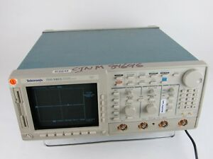 Tektronix Tds 640a 4 Channel Oscilloscope 500mhz 2 Gs s Spc Pass Opts 13 1f 2f
