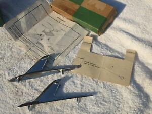 Nos 1961 1962 Chevy Biscayne Bel Air Impala Front Fender Chrome Ornaments 61 Pr