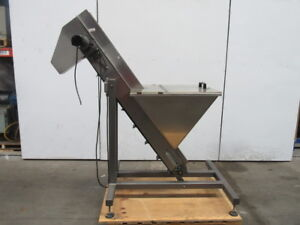 Stainless Steel 60 Incline Conveyor 5 Cleated Belt 61 Discharge 90vdc