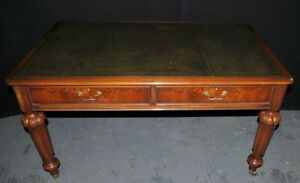 Antique Gillows Writing Table Desk In Walnut English Furniture
