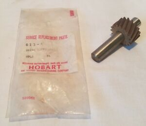 1 Hobart Steakmaster Tenderizer Drive Shaft W 16 Tooth Gear Part 613 a Nos Oem