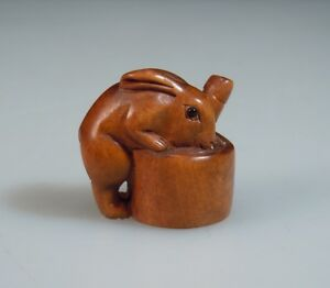 Japanese Carved Wood Netsuke Rabbit Signed 52389