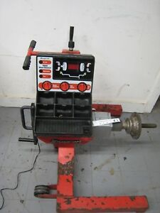 Snap on Wb410 Wheel Balancer