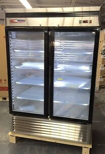 New 2 Double Door Glass Front Reach In Refrigerator Cooler Merchandiser