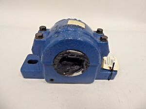 Skf Safs518 0501b Pillow Block Housing 2 Bolt Split 3 3 16 Safs518x3 3 16