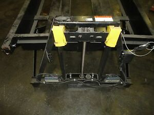 Workstation Lift Platform 750 Lb Lift Capacity Battery Operated