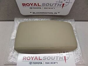 Toyota Land Cruiser Ivory Leather Center Console Armrest Lid Genuine Oem Oe New