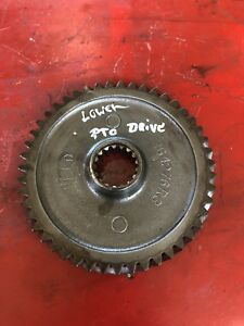 Farmall 450 Tractor Original Ih Power Take Off Pto Drive Gear Shaft 364276r2