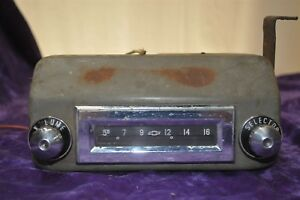 Old Vintage Radio Fits Chevy 1950s 1956 1957 1958 Untested Nice Knobs