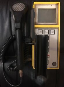 Victoreen Radiation Survey Meter Model 190 With 489 110d Probe Tested Yellow