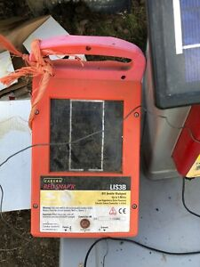 Zareba Solar Red Snap r Electric Fence Charger