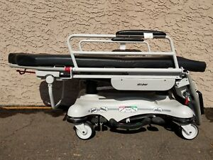 Stryker 5050 Gurney Stretcher Chair Dual Hydraulic Jacks In Very Good Condition