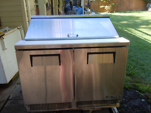 48 Sandwich Prep Table true Tfp 48 18m Commercial Refrigerator One Years Old