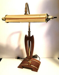 Amazing Mid Century Modern Desk Lamp Danish Walnut Brass Piano Banker Mint
