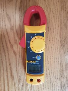 Fluke 322 Clamp Meter new Plus Extra Fluke Leads Probes Alligator Clips