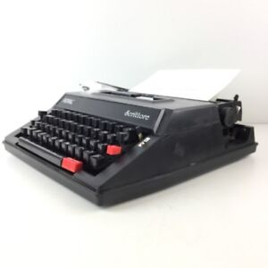 Royal Scrittore Manual Typewriter In Pristine Condition