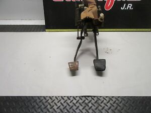 1971 1977 Chevy Van Clutch Pedal Brake Pedal Linkage For Manuel Transmission