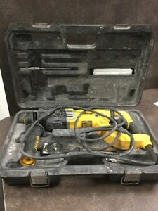 Dewalt D25263 Sds Rotary Hammer Drill W Bits And Orig Case lam016997