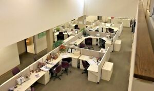 Herman Miller Ao2 5x5 Cubicle local Pick Up Only