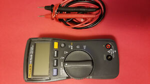 Fluke 110 Plus Digital Multimeter Electrical Test Meter Used