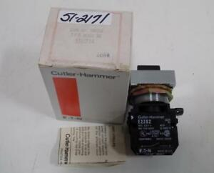 Cutler hammer Knob Select Switch 2 Pos Black E30xf1a Nib