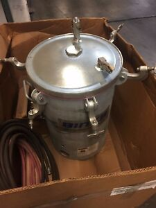 Binks 11 8 Gallon Galv Steel Pressure Paint Pot Tank W Accessories msc