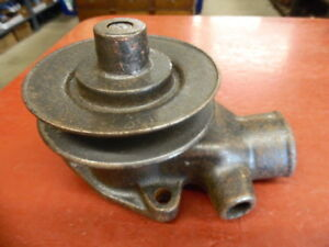 1932 33 34 35 Ford Truck R h Water Pump