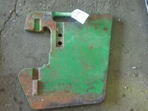 John Deere Tractor 100 Lb Thin Style Suitcase Weight Part r53823 Tag 122
