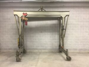 Heavy Duty Double Beam Gantry Crane With 1 Ton Chain Hoist For Boat Cars Etc