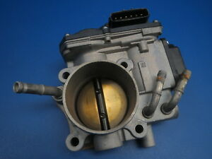 2006 Honda Accord Ex 2 4l 4cyl A t 4dr Engine Intake Throttle Body Oem B25