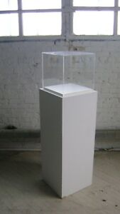 Retail Display Pedestal Column Acrylic Display Showcase